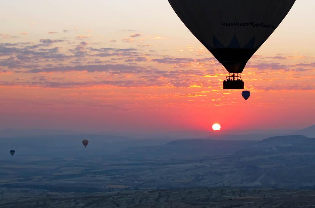 El Foton 2015. Aventura.  Cuarto Puesto. Antonio. Turquía - Amanecer en globo - Tomada en Capadocia el 19/07/2012
