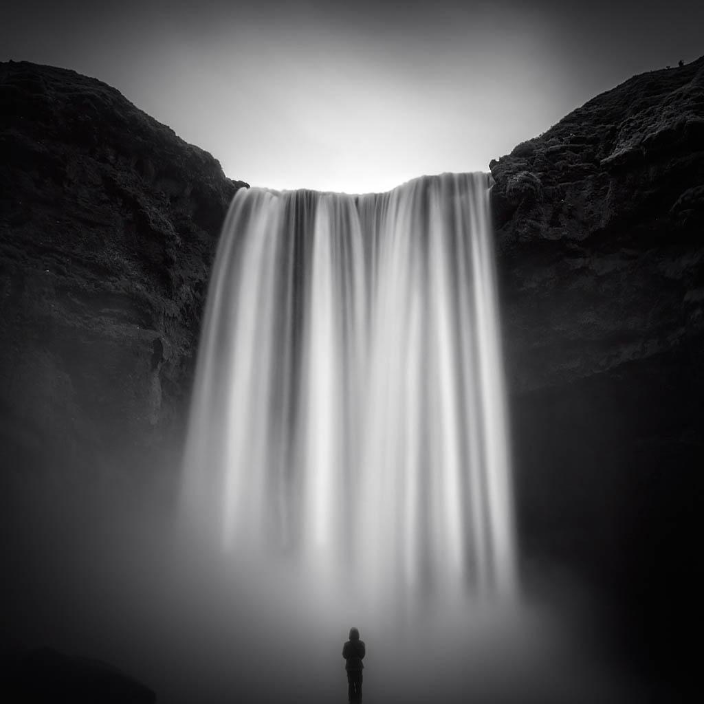 El Foton 2015. Creatividad Fotográfica. Noveno Puesto, Mario Pereda Islandia.  The Fall - Tomada en Skógafoss el 08/07/2013