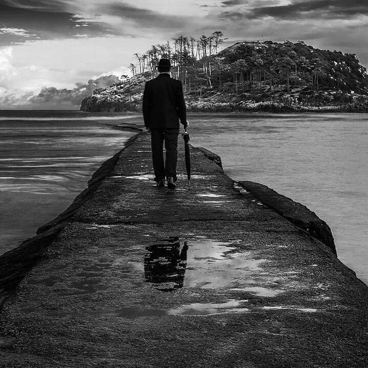 El Fotón 2015. Categoría Instagram. Cuarto Puesto. Pedro Luis Ajuriaguerra Saiz. España. La isla de los olvidados. Tomada en Lekeitio  el 12/03/2015