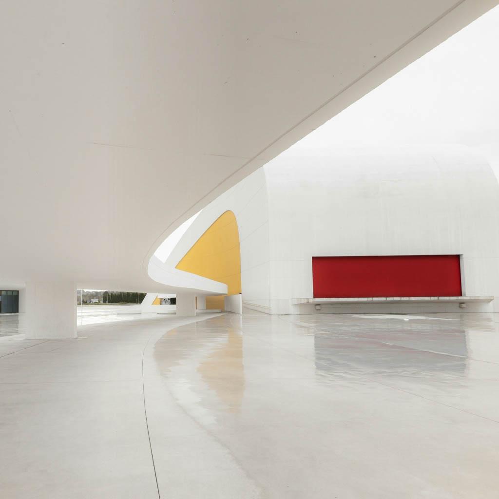 El Fotón 2015. Categoría Instagram. Sexto Puesto. Pedro Luis Ajuriaguerra Saiz. España - Niemeyer  - Tomada en Centro Cultural Oscar Niemeyer  el 15/5/2014