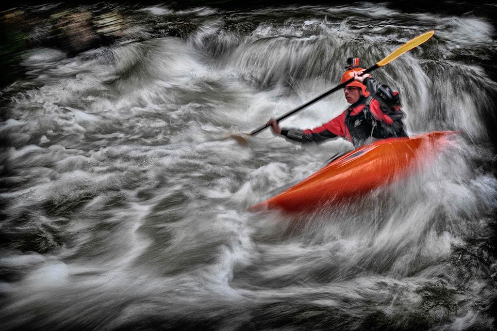 El Foton 2015. Creatividad Primer Puesto.  Ángel Benito Zapata, con su foto Kayak 545 - Tomada en La Rioja el 20/07/13.