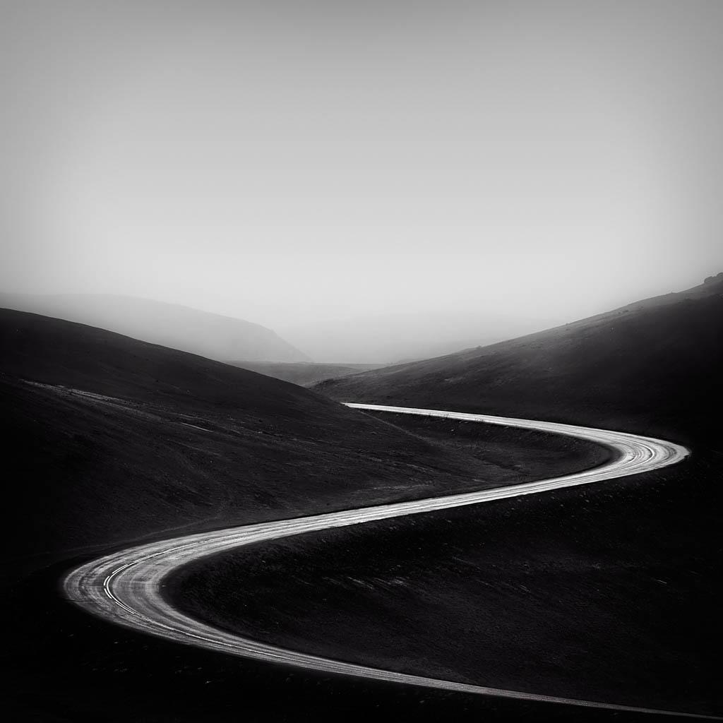 El Foton 2015. Creatividad Fotográfica. Segundo Puesto. Mario Pereda. The Road - Tomada en  Hverir el 11/07/2013