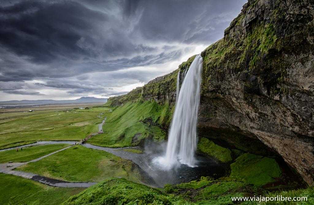 El Fotón 2015. Categoría Paisaje.  Cuarto Puesto. Miguel Blanquer. Islandia - Espuma caída del cielo - Tomada en Islandia el 26/06/2015